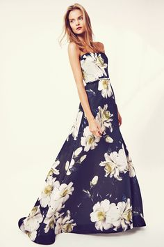 """""""Because I cannot imagine a resort collection without flowers!"""" says Carolina Herrera"""