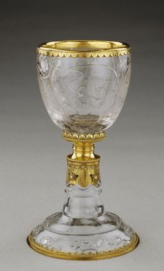 Chalice in rock crystal from the collection of Cardinal Mazarin - Nautilus, Ludwig Xiv, Louis Xiv, Louvre Paris, Stained Glass Designs, Mason Jar Wine Glass, Drinking Glass, Objet D'art, Antique Jewelry