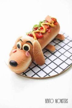 Turn your hot dog bun into a dog. The kids will love eating this! Dad might too! LOL Perfect for kids birthday party menus and just everyday fun. Cute Snacks, Snacks Für Party, Cute Food, Good Food, Yummy Food, Dog Bread, Bread Bun, Food Art For Kids, Art Kids