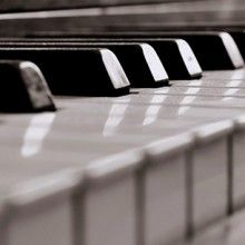 Top 5 Piano Tutorial Videos on YouTube http://takelessons.com/blog/piano-lessons-online-YouTube?utm_source=social&utm_medium=blog&utm_campaign=pinterest