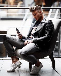 "12.9k Likes, 90 Comments - JOHNNY EDLIND (@johnnyedlind) on Instagram: ""Dear future, I'm ready for you. @bodaskins """
