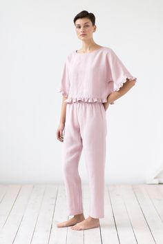 - Women sleep trousers - Relaxed fit with elastic waist band - Midweight Linen - Available in XS-XL - Cut and sewn to order in our studio - Color - dusty rose (available in any other color of listed linen) Cotton Sleepwear, Sleepwear Women, Night Suit, Night Gown, Pijamas Women, Best Maxi Dresses, Tapered Trousers, Linen Pants, Trousers Women