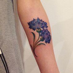 #tattoo #tattoos #cornflower #cornflowertattoo #flowertattoo