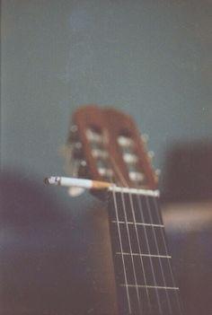 Guitar // smoke