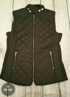women's quilted puffer vest in olive