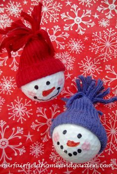 Snowman Ornaments ~ from golf balls! A quick and easy holiday craft the whole family will enjoy!