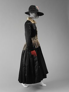 Evening Coat Designed By Jeanne Lanvin (French, 1867-1946) For The House Of Lanvin (French, Founded 1889)   c.1917  -  The Metropolian Museum Of Art