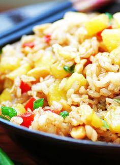 Low FODMAP & Gluten free Recipe - Chicken & pineapple fried rice http://www.ibssano.com/low_fodmap_recipe_chicken_fried_rice.html