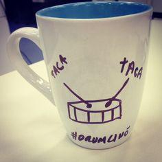 """Vamos tomar um café e trabalhar, é assim que o brasileiro faz, não importa o estado. Aproveite e comemore, estreia hoje, finamente, após 12 anos de espera """"Drumline 2: A New Beat"""", assista o trailer!  http://evpo.st/1qkVipY  #cafe #drumline #anewbeat #dci #marchingband #onebandonesound"""