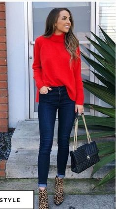 30 Office Outfits You Wont Freeze To Death In 2019 how to wear a pair of leopard boots : bag red sweater bag The post 30 Office Outfits You Wont Freeze To Death In 2019 appeared first on Sweaters ideas. Winter Outfits For Teen Girls, Winter Date Night Outfits, Simple Winter Outfits, Fall Outfits, Outfit Winter, Outfit Night, Winter Night, Look Fashion, Fashion Models