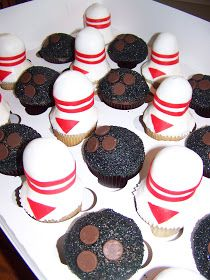 Plumeria Cake Studio Bowling Cupcakes Party Pins 13th Birthday Parties
