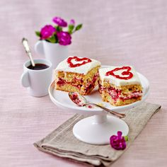Valentine Heart, Valentines Day, Italian Coffee, Coffee Time, Panna Cotta, Favorite Recipes, Baking, Sweet, Ethnic Recipes