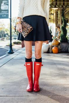 Red Hunter Boots, Leopard Clutch   Photography by: Anna Howard Studios