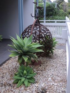 Horse shoes welded to create this ball of natural rustic Art. Despina's photo :) House in Williamstown Victoria