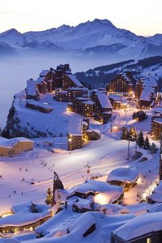 Avoriaz, ski resort at 1800 m altitude on the territory of K .- Avoriaz, Skigebiet auf 1800 m Höhe auf dem Territorium der Kom … Avoriaz, ski resort at 1800 m altitude on the territory of Kom … - Winter Szenen, Winter Travel, Winter Ideas, Winter Time, Winter Christmas, Christmas Decor, Merry Christmas, The Places Youll Go, Places To Visit