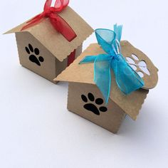 Kraft animal paw dog house gift boxes, birthday or party favors. Shop packaging, cookie box. Birdhouse gift box, pet lover gifts. Dog or Cat. by MyPaperPlanet