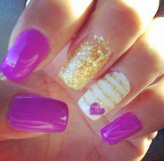 Laker nails