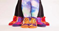 Kuvat: JLindfors | Photography                                               Tässä ne nyt sitten ovat! Valokuvaajan ottamat kuvat v... Sissi, Running Shoes, Knitting, Crochet, Sneakers, Umbrellas, Fashion, Crocheted Lace, Patterns