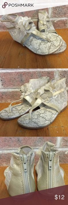 Girls ivory and lace roman sandals size 12 Please feel free to ask any questions or make an offer, and as always THANK YOU for shopping my posh closet! Xoxo -Tish naartjie Shoes