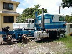 Kenworth Junk Yard, Kenworth Trucks, Semi Trucks, Cool Trucks, Badass, Abandoned, Cars, Usa, Classic