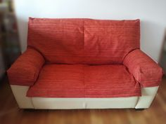 My couch Semicover    My boyfriend and me live in a cute flat in the center of Santiago de Compostela (Spain). It's a 7th floor and has a ma...