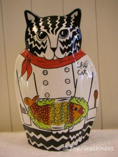 """Chef Cat with Fish """"Cats by Nina Lyman"""" Figurine Vase 2001 Discontinued 