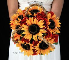 Summer wedding ideas, sunflower wedding, country wedding, Yellow and red wedding flowers Red Wedding Flowers, Fall Wedding Bouquets, Fall Wedding Dresses, Rose Wedding, Wedding Bells, Wedding Colors, Dream Wedding, Red Sunflower Wedding, Yellow Sunflower