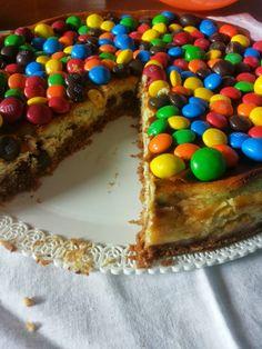 Tè verde e pasticcini: { AmericanRecipes } - M&M's NewYork cheesecake and....HAPPY BIRTHDAY Tè verde e pasticcini!!!!