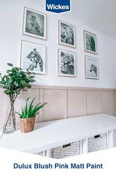 Feature Wall Bedroom, Small Room Bedroom, Bedroom Decor, Kids Bedroom Designs, Modern Bedroom Design, Dark Green Living Room, Hall Colour, Living Room Decor Cozy, Room Color Schemes
