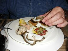 huitres de paletuviers (New Caledonia mangrove oysters)