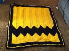 Charlie Brown crochet afghan !!!! After the Chiefs defeat, kind of need this, don't we? ;-)