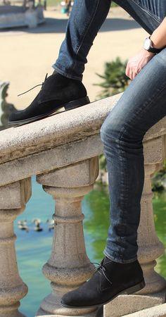 Jules & Jenn - Les Mocassins cuir daim noir #fashion #mode #durable #mocassins #loafers #men • www.julesjenn.com