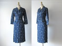 vintage skirt suit / twopiece rayon suit by Dronning on Etsy, $98.00