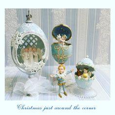 "EggArtBlanc on Instagram: ""ハロウィンは馴染めなくていつもスルーしています やっぱりクリスマスでしょ . という事で もうすぐクリスマス Christmas just around the corner ちょっと気が早い ブルークリスマス💙 . #もうすぐクリスマス #ブルークリスマス #エッグアート…"" Egg Art, Egg Decorating, Design Crafts, Iridescent, Projects To Try, Miniatures, Eggs, Carving, Clip Art"