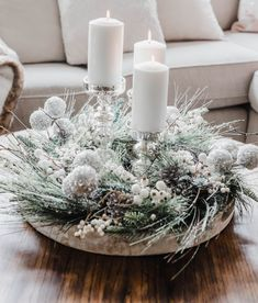 Easy Christmas Coffee Table Centerpiece – The Best DIY Outdoor Christmas Decor Outside Christmas Decorations, Elegant Christmas Decor, Christmas Aesthetic, Simple Christmas, Christmas Crafts, Christmas Coffee, Christmas Christmas, Coffee Table Christmas Decor, Halloween Decorations