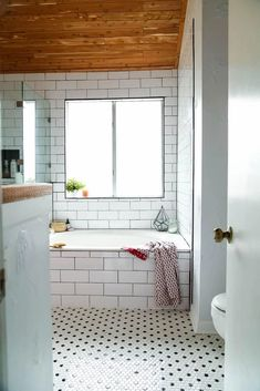This master bathroom is so serene and relaxing! There are tons of great ideas for how to make your bathroom the most relaxing place in your home. Tiny Bathrooms, Small Bathroom, Master Bathroom, Bathroom Ideas, Washroom, Budget Bathroom Remodel, Bathroom Renovations, Home Renovation, Diy Bathtub