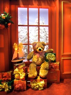 Teddy Bear is hanging out by the window at Mall St. Matthews in Louisville, KY.For more information on Center Stage Seasonal Decor, visit: www.cspdisplay.com/seasonal-decor/