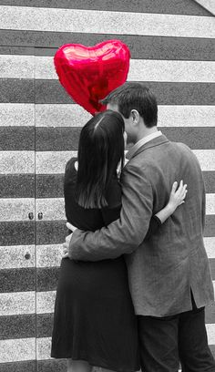 Season: All Theme: Engagement Prop: Heart Balloon Location: Outdoors Notes: Selective color