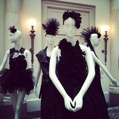 Die wichtigsten Designer der Fashion Week von Augustin Teboul bis Michael Sontag sind im VOGUE Salon. instagr.am/p/MvR5USgEb0/