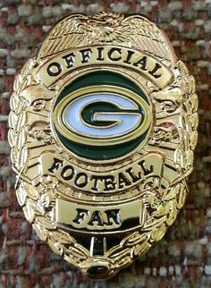 Green Bay Packers official football fan badge pin. BEST FANS in NFL, and 2nd Most titles in NFL history.