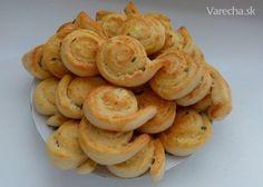 Cesnakovo-syrové slimáčiky (fotorecept) Baking Cupcakes, Cupcake Cakes, Shrimp, Garlic, Food And Drink, Appetizers, Pizza, Menu, Bread