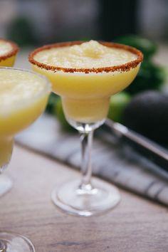 Frozen Pinapple Margaritaaaas! Very easy recipe, must make this weekend!