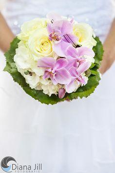 *Juli-Braut* Rosen | Hortensien | Orchideen