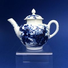 Very Rare 18th Century Worcester Porcelain Miniature Teapot (England)