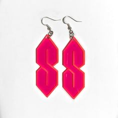 """Throwing it waaay back to the mysterious """"Cool S"""" symbol that we all used to draw on our notebooks in school. Vintage from the these earrings are made of iridescent Acrylic and nickel free Silver hardware. Grunge Jewelry, Funky Jewelry, Diy Jewelry, Jewelery, Cute Earrings, Drop Earrings, Festival Sunglasses, Vintage Festival, Shrinky Dinks"""