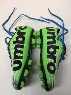 77c6a94cf41 Umbro 9K Arturo 2.0 Boys size 9K Soccer Shoes with cleats Lime Green Black   fashion