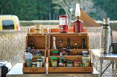 スパイスボックスに調味料を収納!キャンプのキッチン整理整頓!|CAMP HACK