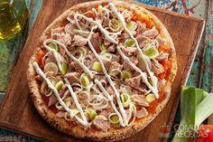 Receita de Pizza de atum com cream cheese e alho-poró - Comida e Receitas