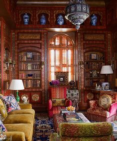 Iranian by birth and British by character, the London-based decorator and designer <b>Alidad</b> has crafted an East-meets-West style that encompasses the best and brightest of traditions both European and Occidental.
