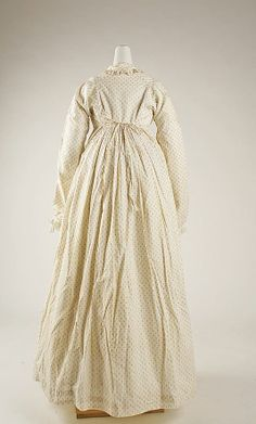 Back of sprigged wrap-around robe style dress, 1815-1818 Met museum
